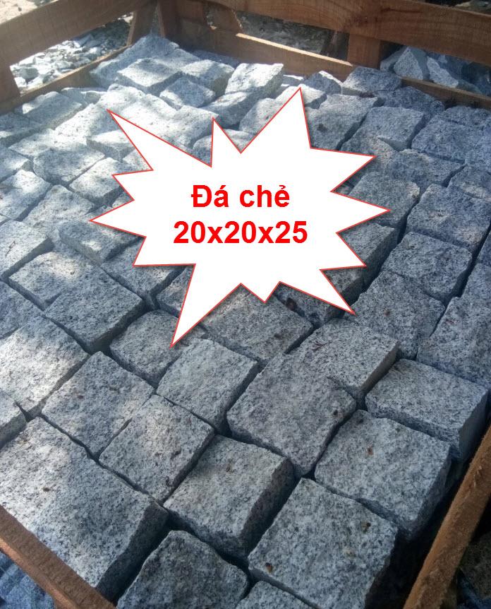 Đá chẻ 20x20x25 sử dụng xây móng công trình rất vững chắc và đẹp