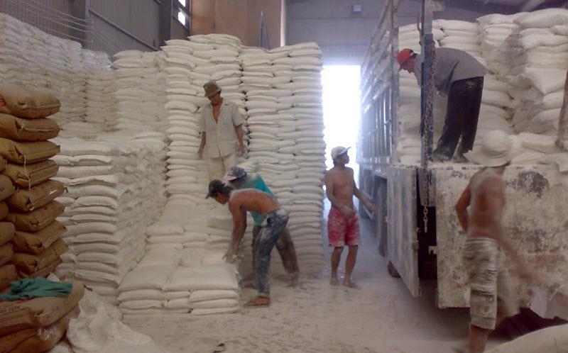 Bột đá được đóng gói thành bao dễ dàng vận chuyển